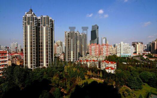 Cheateau Huashan is a prestigious estate on Xingfu Road