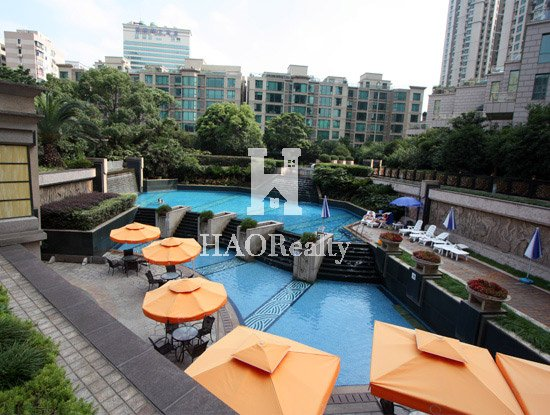 conveniently located in the heart of the city center within walking distance of Xujiahui shopping district
