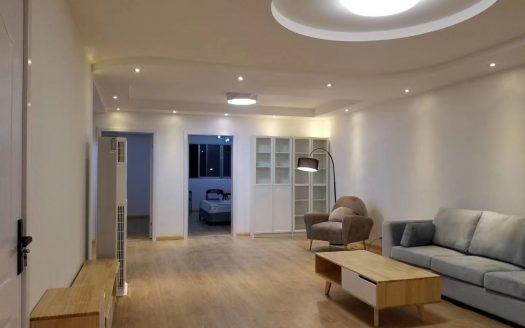 Bright 2BR Apartment w/Floor Heating in Xujiahui HAO Realty Shanghai HAOEC010603