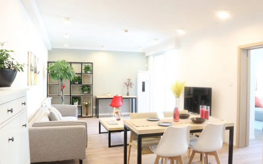 Bright 2BR Apartment w/Wall Heating in West Nanjing Road HAO Realty Shanghai HAOEC011169