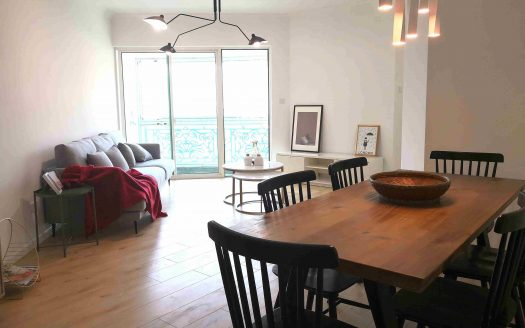 Spacious 3BR Apartment w/Floor Heating in Chez Moi HAO Realty Shanghai HAOSW011352