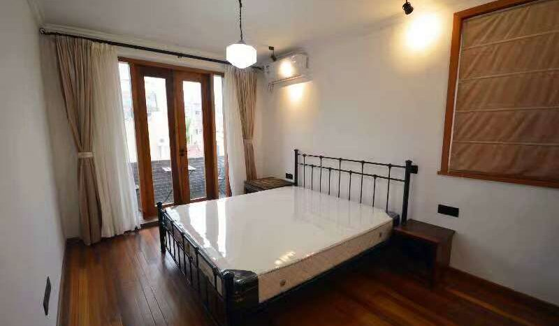 Spacious 2BR Apartment in Former French Concession HAO Realty Shanghai HAOLC017567